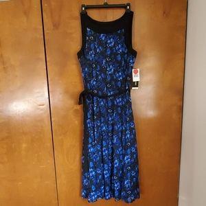 Blue midi floral dress